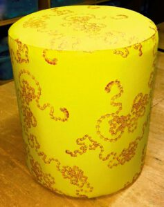 petit_pouf_a1_yellow-caramel_front
