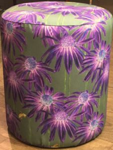 petit_pouf_b5_bee_purpellilac-olive_front